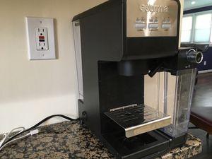 Gourmia. Cappuccino/Latte/Coffe maker for Sale in Baltimore, MD