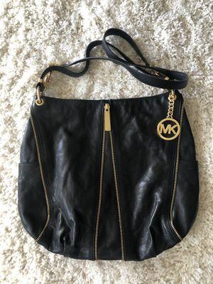 Michael Kors bag for Sale in Turlock, CA