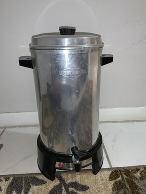 West Bend Coffee Urn for Sale in Margate, FL