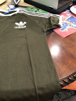 Adidas t shirt xl for Sale in Downey, CA