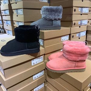 Uggs for sale bran new have all sizes , and alll colors and different styles 100 a pair free shipping and all for Sale in Bell Gardens, CA