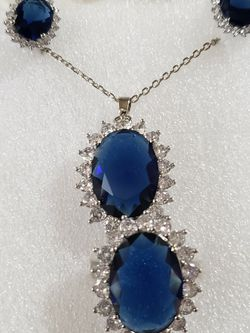 Beautiful Jewelry Gift Set for Sale in Pflugerville,  TX