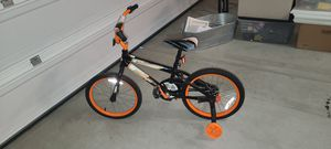18in Rally E Kids Bike w/ Training Wheels for Sale in Temecula, CA