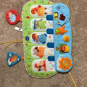 Vtech Lil' Critters Play & Dream Musical Piano for Sale in Greensburg, PA