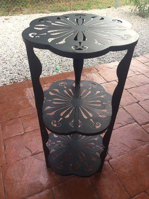 Table for Sale in Miami Gardens, FL