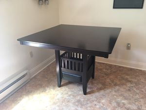 Dining Table for Sale in NY, US