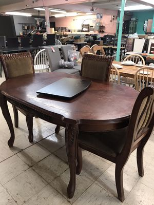 Wood table and 3 chairs for Sale in Oklahoma City, OK