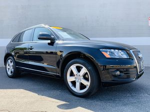 2011 AUDI Q5 2.0T QUATTRO PREMIUM PLUS / LOW MILES / NAVIGATION / PANORAMIC ROOF / BACKUP CAMERA / LEATHER / FULLY LOADED / LIKE NEW / RUNS EXCELLENT for Sale in Ontario, CA