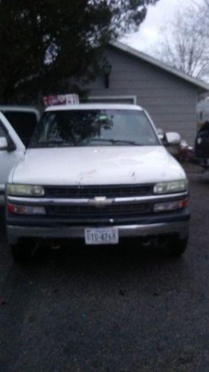 2000 Chevy Silverado 4x4 for Sale in Virginia Beach, VA