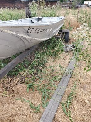 12ft aluminum boat with trailer for Sale in Tracy, CA