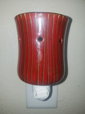 Scentsy Wickless Mini Warmer for Sale in Tampa, FL