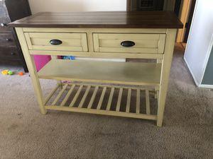 Pier One Carmichael table for Sale in Lakewood, CO