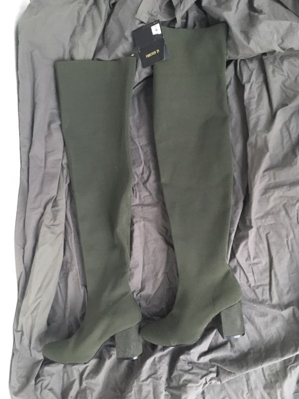 Forever 21 Knee-high Forrest Green Boots Size 8.5