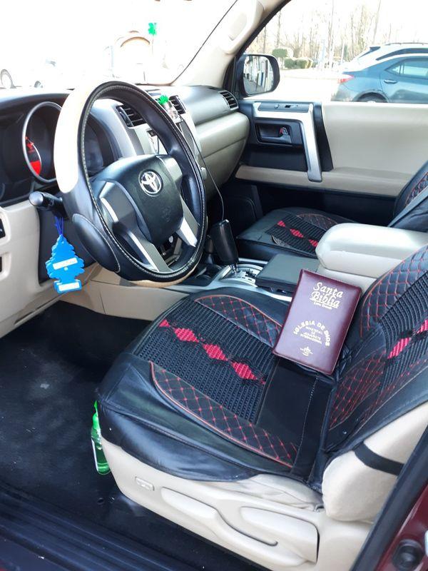 hello for sale Toyota 4runner año 20010 4×4 DVD player cámara de reversa en buenas condiciones 97684 millas