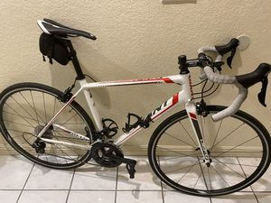 Giant Defy 3 - Road Bike for Sale in Carson, CA