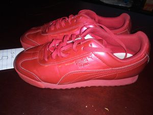 Puma Size 5 Shoes for Sale in Mesquite, TX