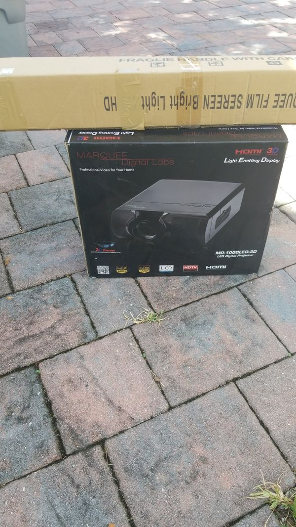 Digital projector MARQUEE DIGITAL LAB