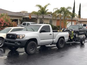 2008 Toyota Tacoma 5speed Manuel for Sale in Clovis, CA