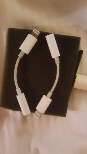 Headphone jack for an iPad or iphone for Sale in Wildomar, CA