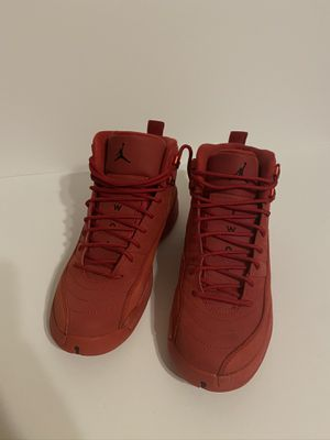 Jordan 12 gym red sz 7y for Sale in Fort Lauderdale, FL