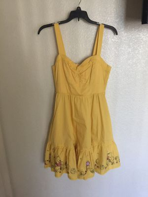 Hot topic pin up Disney Winnie the Pooh yellow dress for Sale in Elk Grove, CA