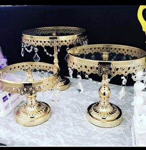 Set of 3 cupcake stands gold color party decorations dessert table for Sale in Irwindale, CA