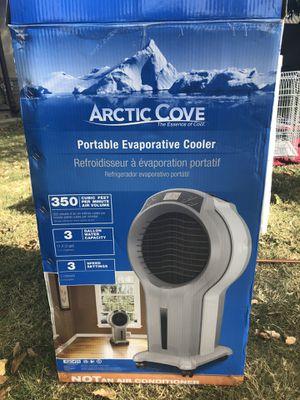 Artic cove portable cooler for Sale in Modesto, CA