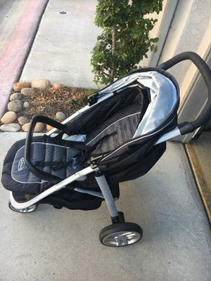 Graco stroller with car seat for Sale in San Diego, CA