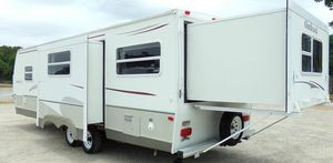 2OO7 Trailer RV for Sale in Tallahassee, FL