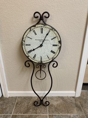 Clock for Sale in Modesto, CA