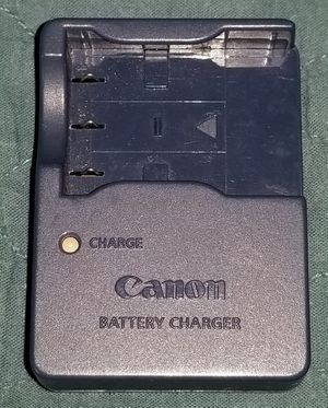Canon Digital Camera Battery Charger, Model CB-2LU for Sale in Chicago, IL