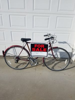 27 inch Schwinn men's bicycle, new tires & tubes,original seat , & paint , bike has been cared for , $75.. for Sale in East Wenatchee, WA