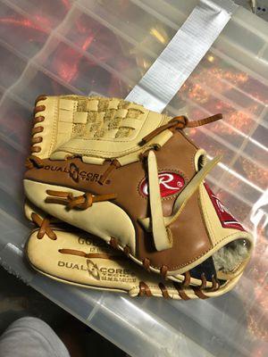 Rawlings baseball glove (Lefty) right hand glove for Sale in Boca Raton, FL