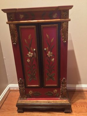 Beatiful antique cabinet for CD'S for Sale in Burke, VA