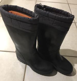 Snow boots Land's end size 2 for Sale in Lutz, FL