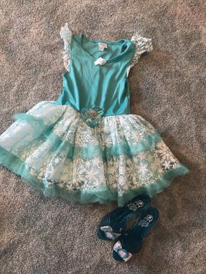 Elsa costume size 3 for Sale in North Royalton, OH