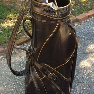 VINTAGE GOLF CLUB BAG for Sale in Commack, NY