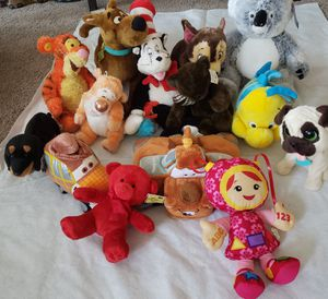 Lot of Mixed Stuffed Animals Bundle for Sale in Landover, MD