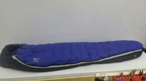Mountain Hardwear 600 fill down mummy sleeping bag for Sale in Battle Ground, WA