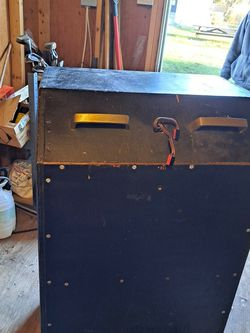 Bass Guitar Cabinet for Sale in Ambler,  PA
