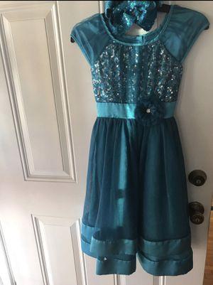 Christmas dress size medium 7/8 for Sale in Long Beach, CA