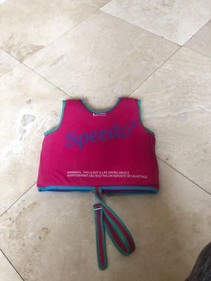 Speedo Kids Girls life vest size 2-4 swim for Sale in Dearborn, MI