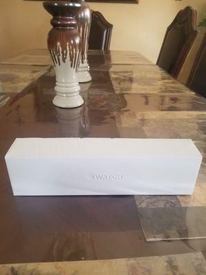 Apple Watch Series 5 for Sale in Dinuba, CA