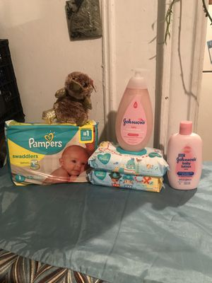 Baby bundle for Sale in The Bronx, NY