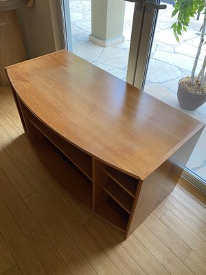 Tv Stand -real Wood and in good condition for Sale in Palm Desert, CA