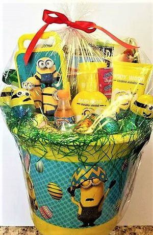 Minions Easter Bucket for girl or boy - Includes banana bath products too for Sale in Fort Washington, MD