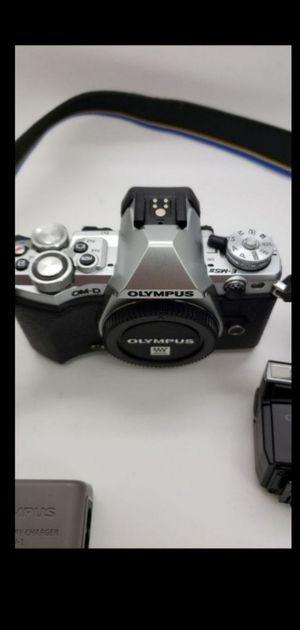 Olympus OM-D E-M5 II mirrorless camera body for Sale in Miramar, FL