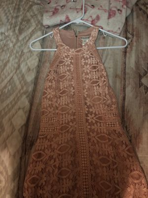 Blush colored dress with lace for Sale in Long Beach, CA