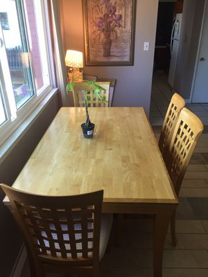 Wooden table with 4 chairs for Sale in Fresno, CA