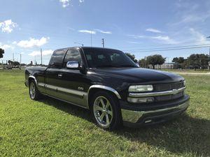2002 Chevy Silverado for Sale in Largo, FL